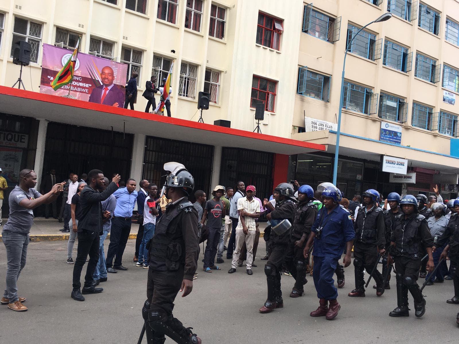 Below are scenes from the Morgan Richard Tsvangirai (MRT) House, formerly Harvest House, where MDC leader Nelson Chamisa is expected to deliver his Hope of the nation address (HONA). The Address is being held at the party headquarters after the police denied the opposition permission to hold the address at Africa Unity Square. There is heavy police presence as the police have surrounded the supporters who have gathered for the address.